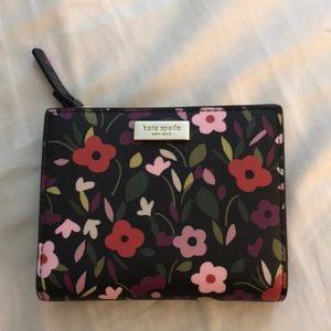 NWT Kate Spade Floral Wallet